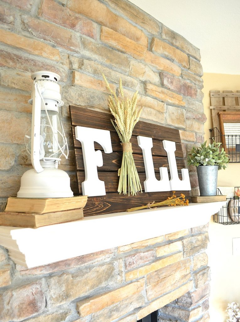 DIY Fall sign - Decorating your home for autumn doesn't have to break your bank. Here are 25 of the prettiest DIY Fall Decor Projects that you can create yourself for a fraction of the cost.  These are my favorite picks for the best rustic farmhouse decor for fall!