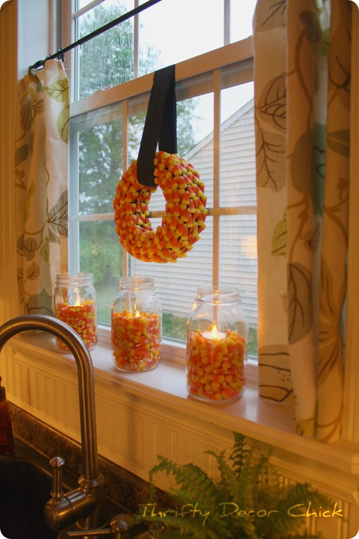 candy corn kitchen decor - If you need some inspiration for decorating your home for fall, we've got you covered!  Inside you'll find beautiful ideas for decorating your mantel and fireplace area, your outdoor front porch, and your kitchen and dining area.