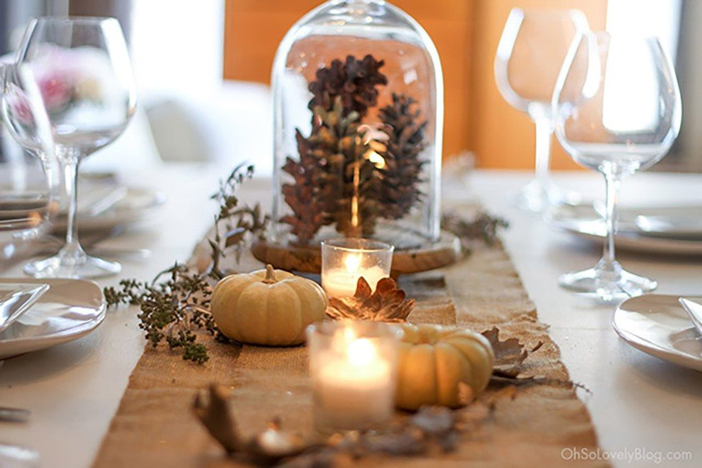 fall tablescape - If you need some inspiration for decorating your home for fall, we've got you covered!  Inside you'll find beautiful ideas for decorating your mantel and fireplace area, your outdoor front porch, and your kitchen and dining area.