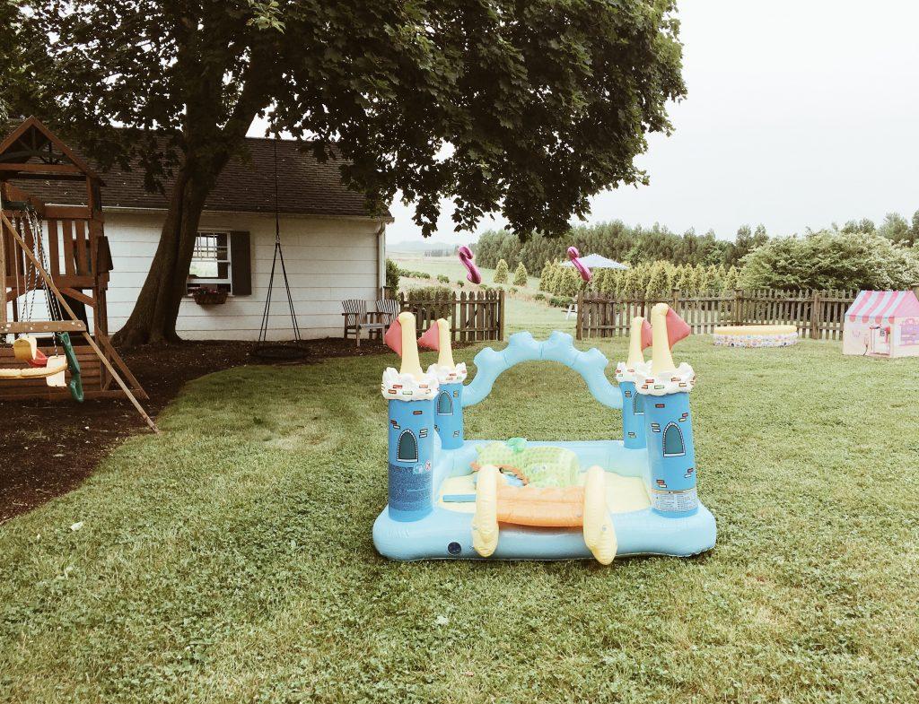 castle bounce house + farmhouse birthday party on a budget boys girls indoor outdoor