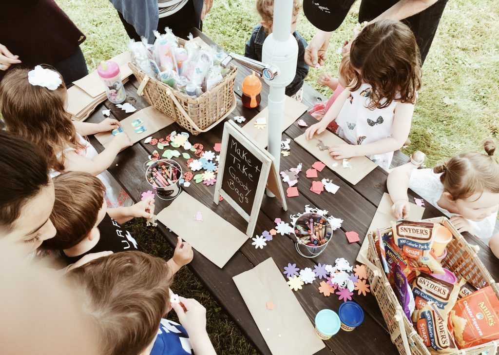 entertainment + farmhouse birthday party on a budget boys girls indoor outdoor