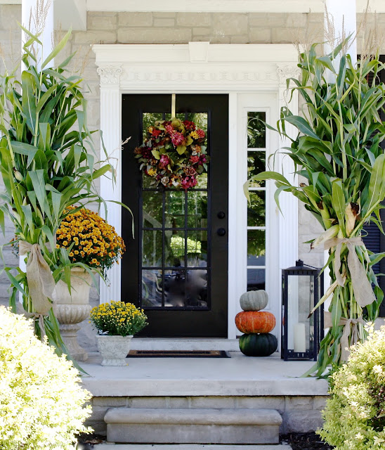 fall porch - If you need some inspiration for decorating your home for fall, we've got you covered!  Inside you'll find beautiful ideas for decorating your mantel and fireplace area, your outdoor front porch, and your kitchen and dining area.