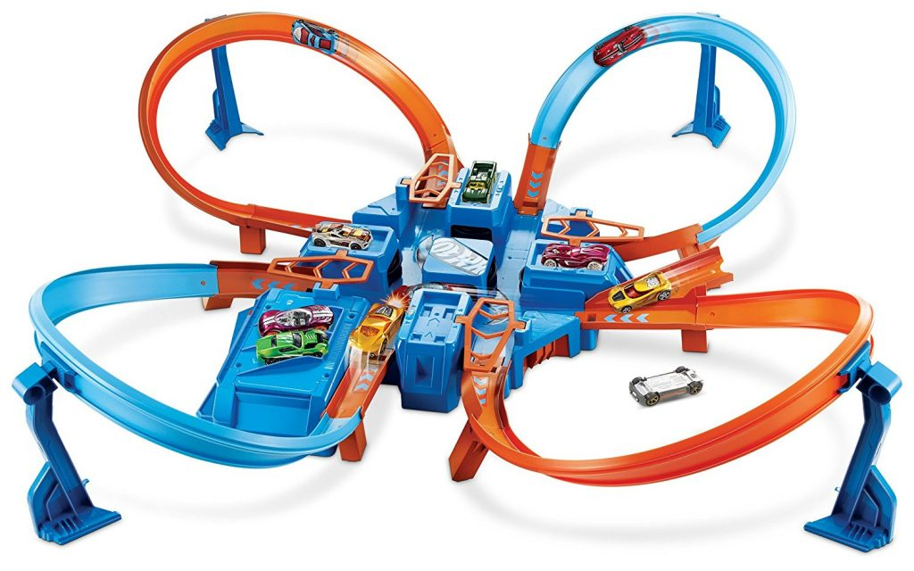 Hot Wheels Criss Cross Crash - the perfect gift for little boys ages 2-4