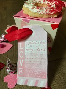 Heart gift box with cookie on top with ombre gift tag - Love is patient and kind