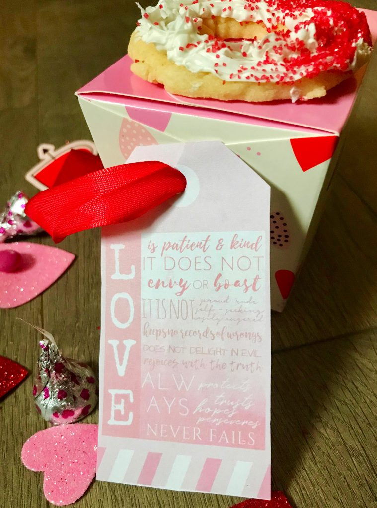 "Cookie gift box with heart and ombre gift tag - - Anything ombre is a fan favorite these days!  For a trendy sweet Valentine's Day treat, try these Ombre LOVE Sugar Cookies - with a free printable ombre ""Love is Patient & Kind"" gift tag to match!"