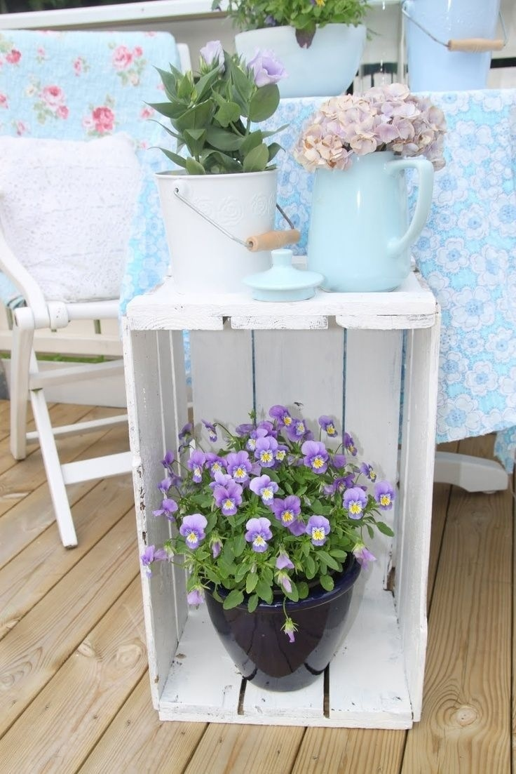 If you love farmhouse style AND you want to create a relaxing, inviting space on your porch this spring, today's post is for you!  Continue reading to be inspired by 30 spectacular farmhouse spring porches!