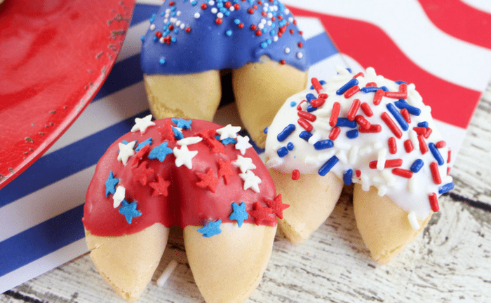 Patriotic No Bake Fortune Cookies - Are you looking for easy, delicious, red-white-and-blue desserts to make for Memorial Day or 4th of July?  Here are 30 simple and NO BAKE patriotic desserts and treats you can whip up in a flash!  Keep reading to check out all of the yumminess!