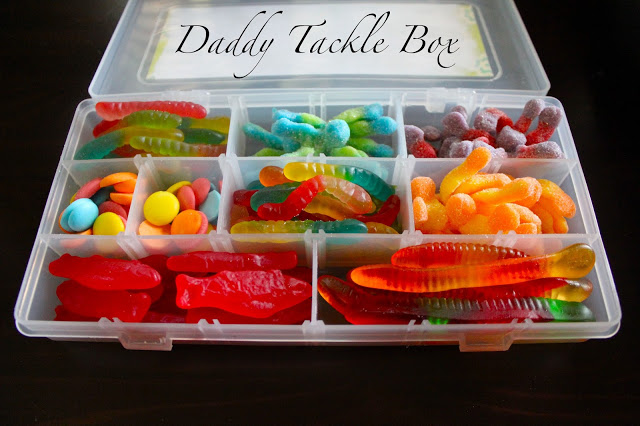 Edible Tackle Box - I don't if anything warms the heart quite like a homemade gift from your kiddo! Father's Day is no exception - here are 25 homemade Father's Day gifts from kids  - and ones that Dad can actually use!  Keep reading to check them out!