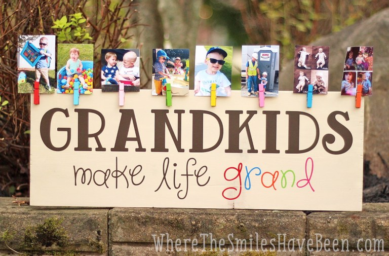 grandkids picture wooden sign craft for grandma - With Mother's Day right around the corner, we can't forget the special woman who started it all - Grandma! Kids are so fortunate if they have a grandma in their lives. These Mother's Day crafts for Grandma are such a heartfelt way to show her some well-deserved love!