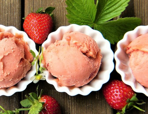 Strawberry Summer Ice Cream from Hustle Mom Repeat: Summer = strawberry season! Looking for some ways to use those yummy berries? Here are 25 summertime recipes for amazing strawberry desserts and treats!