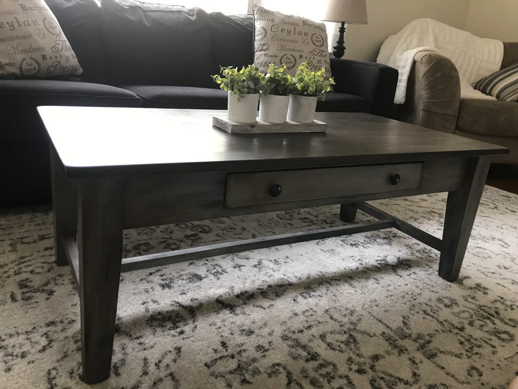 Farmhouse Decor Distressed Chalk Paint Coffee Table