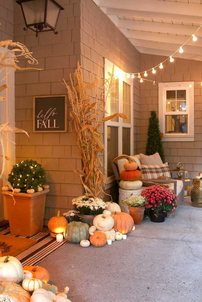 30 Fall Porch Decorating Ideas Top 10 Pro Decorating Tips: 30 Fall Porch Decorating Ideas (+ Top 10 Pro-Decorating Tips!)