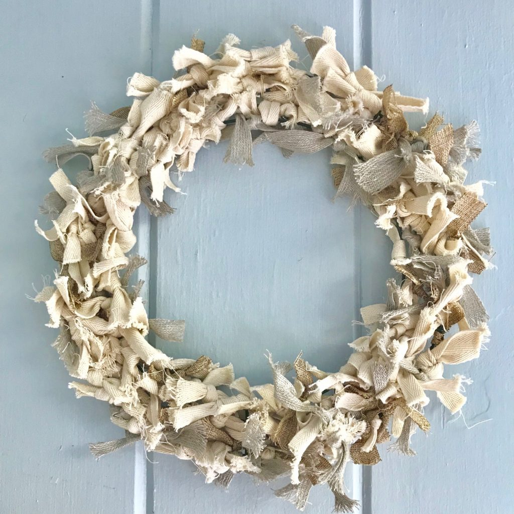 Super Easy Diy Neutral Rag Wreath A Hundred Affections