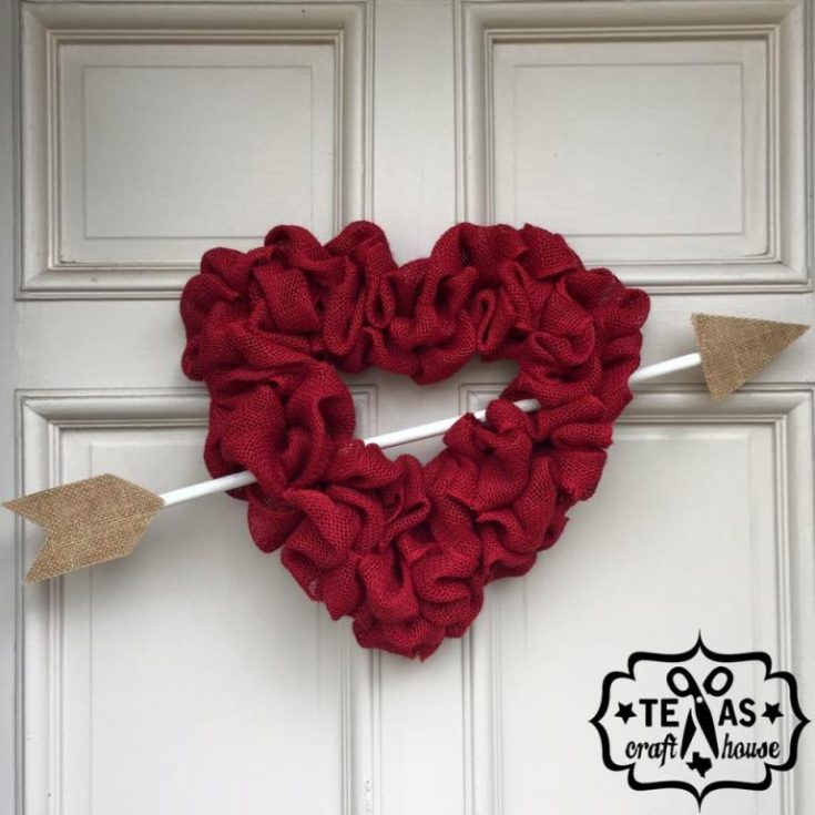 Burlap Valentine's Day Heart Wreath