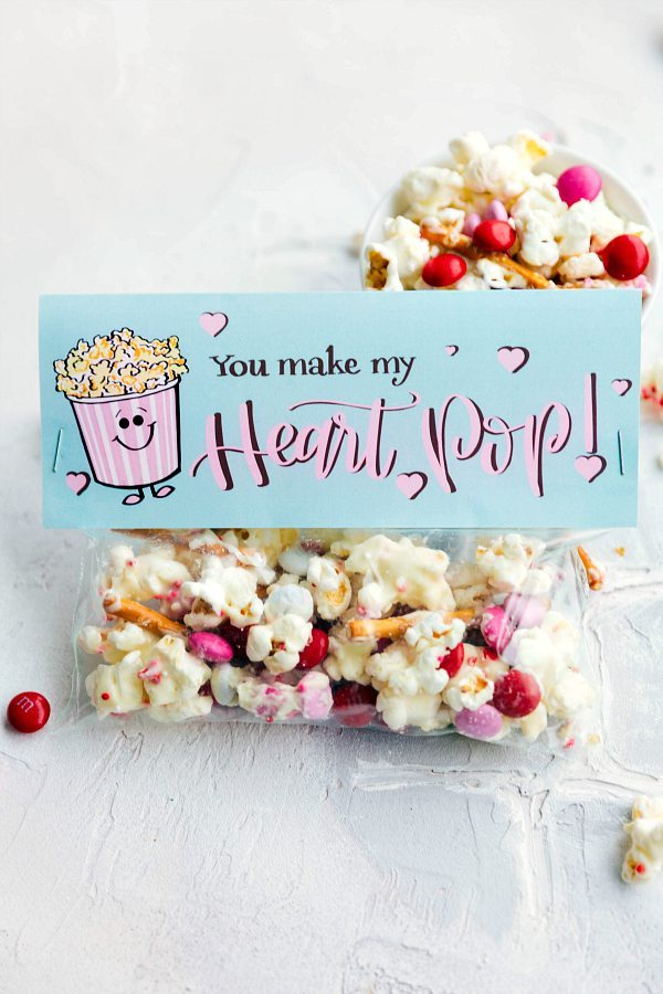 Easy Valentine's Gifts Toppers